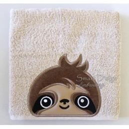 Peeker Applique Sloth - 5x7 inch