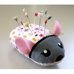 ITH MOUSE Pincushion 5x7 inch