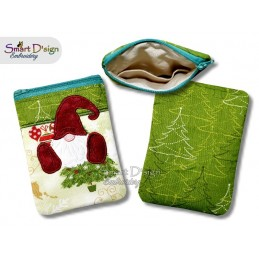 ITH Christmas Gnome 5x7 inch Zipper Bag