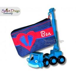 ITH Footprint Baby Applique 6x10 inch Zipper Bag