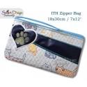 ITH Paw Print Applique 7x12 inch Zipper Bag