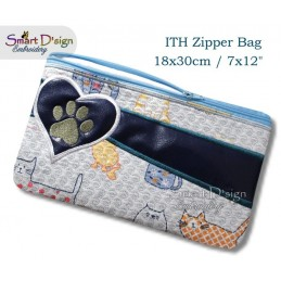 ITH Paw Print Applique 7x12 inch Zipper Bag