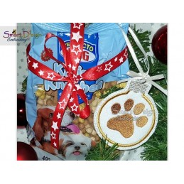 ITH Paw Print Christmas Bauble Ornament 4x4 inch Machine Embroidery Design