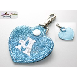 ITH 26 KEY FOBS HEART LETTERS 4x4 inch